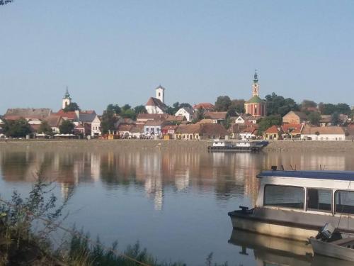 A Duna korzó mellett, több műemléképület is megújul Szentendrén