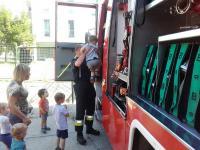Bölcsődében jártak a szentendrei tűzoltók